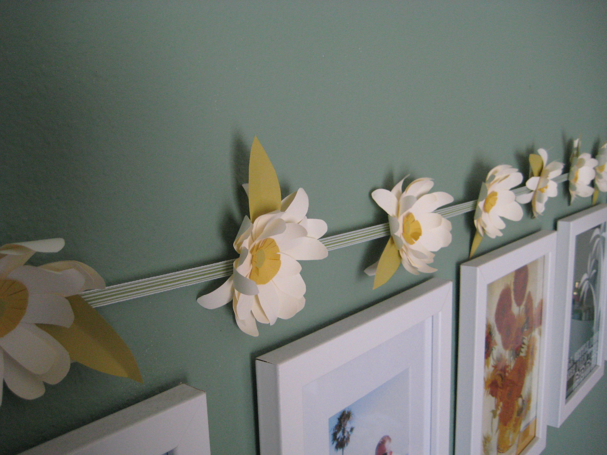 Enjoy it by elise blaha cripe how to tuesday simple paper flowers how to tuesday simple paper flowers img4983 izmirmasajfo