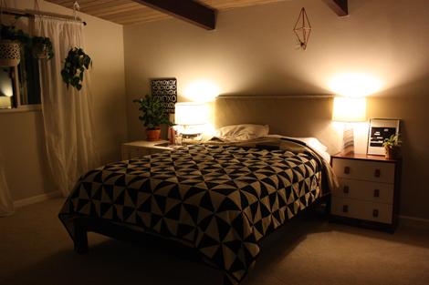Bedroomatnight