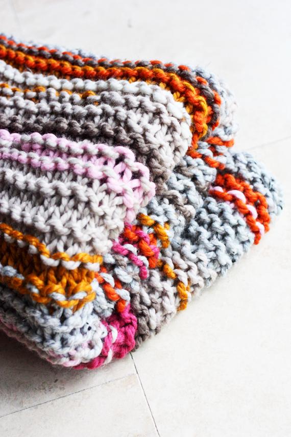 scrap yarn knit blanket