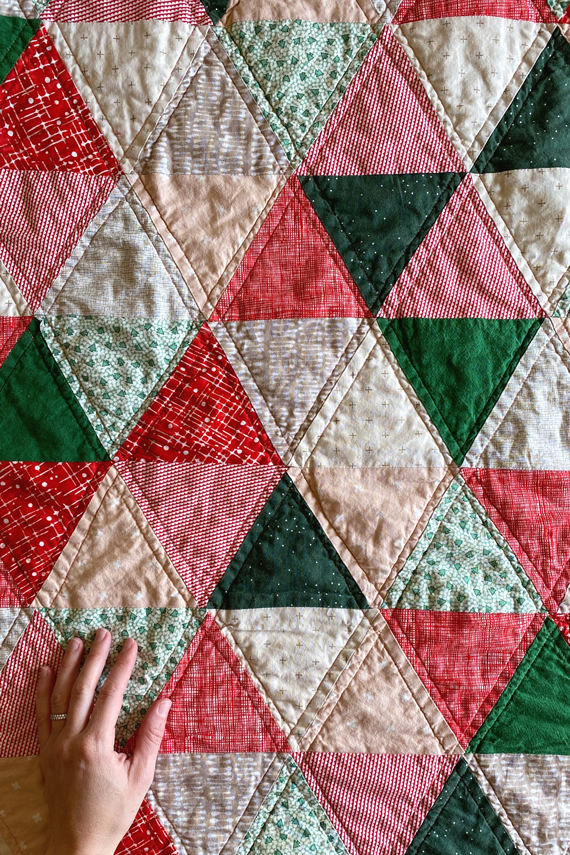 Triangle-christmas-quilt